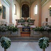 Allestimento floreale per matrimonio - Phalenopsis e Dendrobium - Chiesa di Gradara