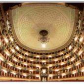 allestimento floreale alla Scala di Milano