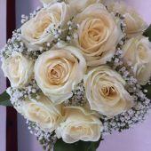 Bouquet di rose talea e gypsophila