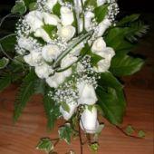 bouquet sposa di rose akito