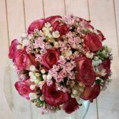 bouquet da sposa rose fuxia e bovardia