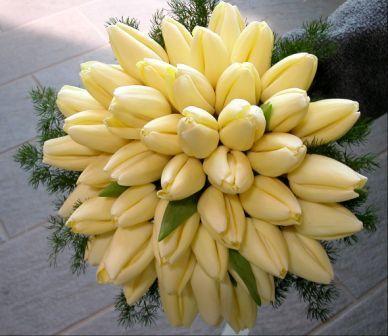Bouquets tondi tagliabue il verde for Tulipani arancioni