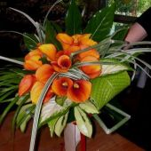 bouquet sposa tondo di calle arancioni