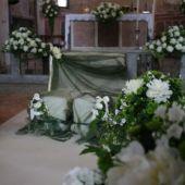 Allestimento floreale per matrimonio - Peonie e phlox - La collegiata di Solbiate Arno