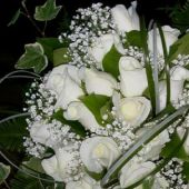 bouquet sposa rose akito e gypsophila