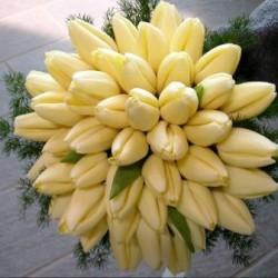 bouquet_romantico con tulipani avorio